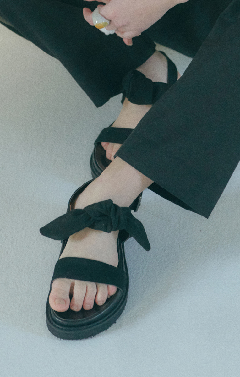 Knotted detail Sandals