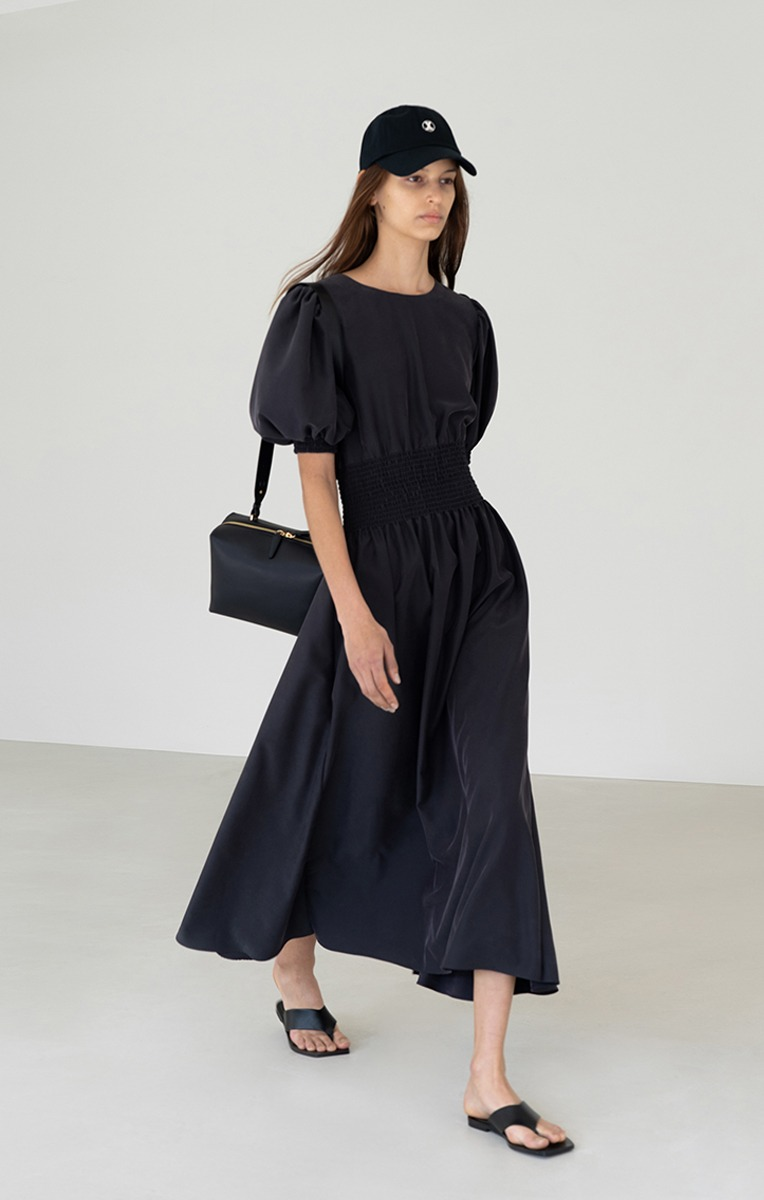 TENCEL SMOCKED MIDI DRESS (ANTHRACITE) - 4/19 부터 순차발송